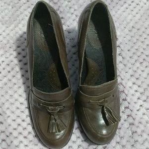 Born of Comfort brown heeled loafers sz. 7.5